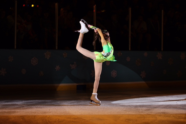 Ice Figure Skating leotard. Incredible dress by Modlen in USA